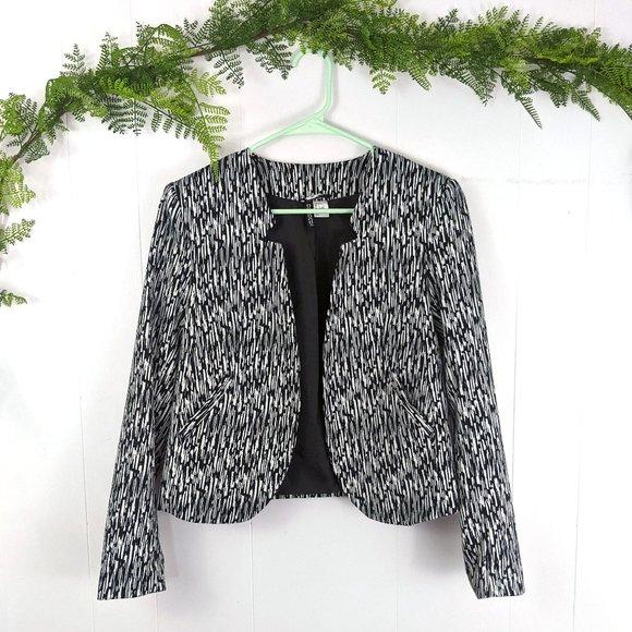 H&M Women's Zebra Print Inverted Collar Blazer